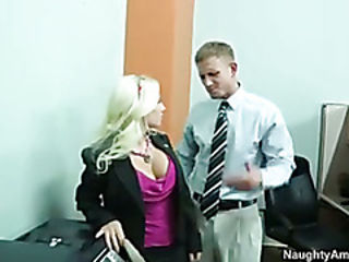 Nympho blonde bossy fucked by mugur
